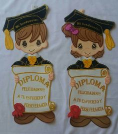 Carpeta Graduation Crafts, Graduation Decorations, Graduation Party Decor, Paper Flowers Craft, Flower Crafts, Paper Crafts, Diy And Crafts, Crafts For Kids, Decorate Notebook