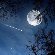 Love that moon..
