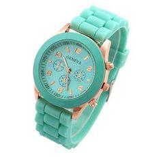 2017 Top Brand Women Dress Watch Ladies Men Silicone Watches Unisex Sports Quartz Wristwatch Relogios Feminino GV008