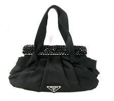 1000+ ideas about HAUTE HANDBAGS on Pinterest   Clutch Handbags ...