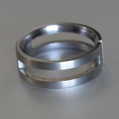 Titanium ring with grooves