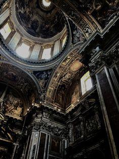 Basilica of Santa Maria Maggiore in Rome, Italy - Odds and ends - Architecture Baroque Architecture, Classic Architecture, Beautiful Architecture, Aesthetic Art, Aesthetic Pictures, Arquitectura Wallpaper, Bungalow Haus Design, Die Renaissance, Santa Maria Maggiore
