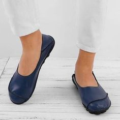 Shoe Type Loafers Toe Type Closed Toe Closure Type Slip-on Heel Type Flat Heel Height Upper Material PU Outsole Material Viscose Gender Women Style Casual Theme Spring/Fall,Winter Occasion Going out, Daily Loafer Flats, Loafers, Types Of Shoes, Womens Flats, Heeled Mules, Fashion Shoes, Slip On, Casual, Heels