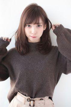 Beautiful Japanese Girl, Japanese Beauty, Beautiful Asian Women, Amazing Women, Medium Long Hair, Medium Hair Styles, Short Hair Styles, Female Pose Reference, Old Fashion Dresses