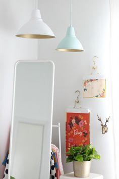DIY: lámparas gold   La Garbatella: blog de decoración de estilo nórdico, DIY, diseño y cosas bonitas.