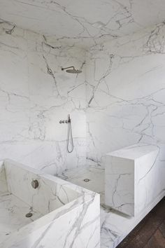 Neuilly apartment by Joseph Dirand. All white marble bathroom. Shower head , tabs, hand shower for master bath Cheap Bathroom Suites, Cheap Bathrooms, Modern Bathroom, Timeless Bathroom, Bad Inspiration, Bathroom Inspiration, Bathroom Ideas, Bedroom Minimalist, White Marble Bathrooms