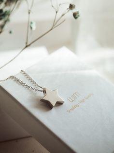 100881ee8b3d  Estrella  Colgante de diseño  minimal  hechoenespaña  joyasdeplata para  regalar Elegancia y