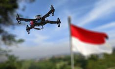 """PABRIK drone pertama di Asia Tenggara hadir di Bogor. Tidak hanya merakit, di pabrik milik PT Famindo Inovasi Teknologi (FIT) ini juga dilengkapi dengan sekolah pilot untuk menerbangkan drone dan fasilitas anti drone. Direktur Utama FIT, Julius Agus Salim dilansir dari Detik mengatakan, di pabrik tersebut diproduksi beberapa macam drone. """"Ada dua drone yang kita […]"""