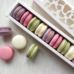 French Macaroons, Macarons, Convenience Store, Cupcakes, Convinience Store, Cupcake Cakes, Macaroons, Cup Cakes, Muffin