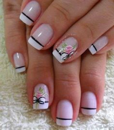 The flowers add a nice touch Spring Nails, Summer Nails, Nail Art Designs, Nail Design, Jolie Nail Art, Finger, Nails Only, Pretty Nail Art, Flower Nails