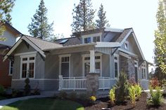 Craftsman Style House Plan - 2 Beds 2 Baths 999 Sq/Ft Plan #895-25 Exterior - Front Elevation - Houseplans.com