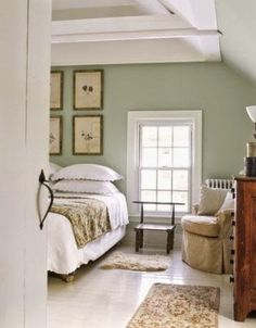 20 Trendy Home Bedroom Master Country Guest Rooms Green And White Bedroom, Green Bedroom Walls, Green Master Bedroom, Bedroom Wall Colors, Green Rooms, Master Bedrooms, Light Green Bedrooms, Sage Green Walls, White Walls