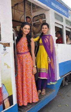 Swaragini TV serial Gallery Colors Tv Show, Tejaswi Prakash, Helly Shah, Indian Drama, Web Series, Incredible India, Beautiful Actresses, Anarkali, Salwar Kameez