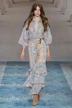 We Are Kindred Australia Resort 2020 Collection Vogue 2020 Fashion Trends, Fashion Week, Fashion 2020, Runway Fashion, Boho Fashion, Fashion Show, Fashion Dresses, Fashion Design, Fashion Jewelry