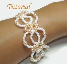 interlock bracelet, bead interlock, pearl bracelets, make your own beads, jewelry bracelets, bead tutorials, seed beads, bracelets to make, beading tutorials