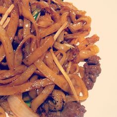 Fried Beef Rice Noodle - a very classic Cantonese style dish one must try when he/she travels to Hong Kong.