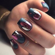 Make an original manicure for Valentine's Day - My Nails Get Nails, How To Do Nails, Hair And Nails, Manicure Gel, Foil Nails, Foil Nail Art, Nails With Foil, Best Nail Art Designs, Dark Nail Designs