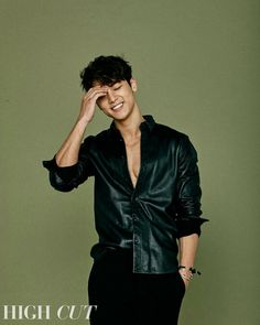 Someone grew up Korean K Pop, Korean Men, Asian Men, Korean Actors, Asian Actors, Kang Min Hyuk, Lee Jong Hyun, Cnblue, Minhyuk