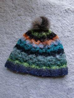 Mütze aus Obi 1 mit Fellbommel