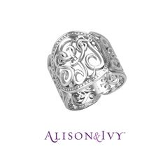 Alison & Ivy // Classic Cigar Band Monogram Ring, 18mm.