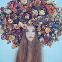20 Amazing Girls with Flower Wreaths, Inspiration, Photography, Artnaz.com