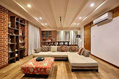 25 Modern Living Room Design For Comfortable Guests. Your living room is among the most significant spaces in your dwelling. It is the most important area of your house apart from the exteriors which nee. Indian Living Rooms, Cozy Living Rooms, Living Room Modern, Home And Living, Living Room Designs, Living Room Decor, Indian Room, Indian Homes, Dining Room Furniture