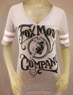 Fox Racing gray football T-shirt with distressed black logo and white stripes on the sleeves Fox Racing Clothing, Metal Mulisha, Summer Shirts, Women's Shirts, Tees, Spring Summer Fashion, Designer Clothing, My Style, Sleeves