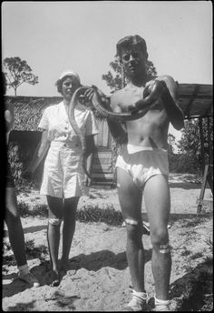 Young John Kennedy in his undies, covered in plasters, holding a snake Les Kennedy, John Kennedy Jr, Jfk Jr, Jacqueline Kennedy Onassis, Jaqueline Kennedy, Caroline Kennedy, Young Jfk, Rosemary Kennedy, Kennedy Assassination