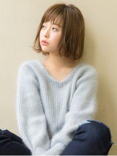 アフロート渋谷【秋山那代】とろみ大人カジュアルなボブ - 24時間いつでもWEB予約OK!ヘアスタイル10万点以上掲載!お気に入りの髪型、人気のヘアスタイルを探すならKirei Style[キレイスタイル]で。