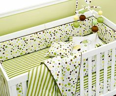 we aren't sure if it's a baby boy or a baby girl, so I like the green brown and yellow, very versatile.
