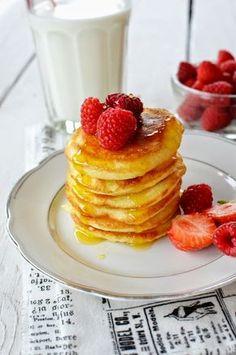 Lívance, co zvládne i dítě! Pancakes, Dinner, Breakfast, Sweet, Recipes, Food, Dining, Morning Coffee, Meal