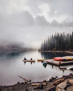 Tips For Kayaking On A River and Pics of Kayak Camping Trip Vancouver. Camping Photography, Nature Photography, Camping Sauvage, Camping Life, Camping Beds, Camping Packing, Women Camping, Kayak Camping, Camping Stove