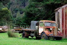 Old Austin truck, Oio Road, Manawatu - Whanganui, New Zealand by brian nz, via…