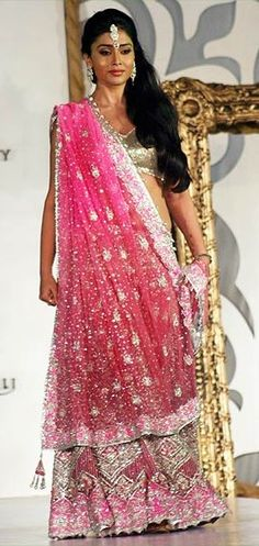 Moda Indiana - Indian couture