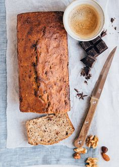 Banana bread recipe (healthy and without added sugar) - WDF Healthy Bread Recipes, Healthy Banana Bread, Healthy Cake, Banana Bread Recipes, Healthy Baking, Snack Recipes, Baking Bad, Healthy Breakfast Smoothies, Love Food