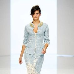 See the entire collection from the Ermanno Scervino Spring 2012 Ready-To-Wear runway show.