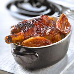 Découvrez la recette Souris d'agneau confite à l'échalote sur cuisineactuelle.fr. Lamb Recipes, Meat Recipes, Cooking Recipes, Meat Meals, Good Food, Yummy Food, Yummy Yummy, My Best Recipe, Everyday Food