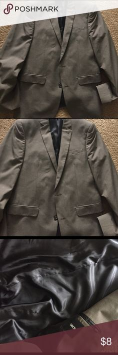 Men Suit sz 40 R Nice men suit in brown no holes no rips. Like new! Pet and smoke free! ASOS Suits & Blazers Suits