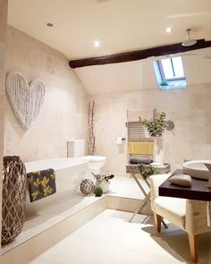 Create a wow bathroom space...dress your bathroom and add a dash of colour.  Dressed with West Barn Interiors accessories.