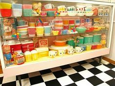 I would like it all....  #retrokitchenware #retro #kitchen. oh my yessss....