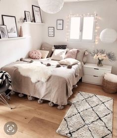 Zimmer Mädchen Teenager - Zimmer Mädchen Teenager, Sie sind an der richtigen Stelle für healthy - Cute Bedroom Ideas, Room Ideas Bedroom, Cute Room Decor, Bedroom Bed, Apartment Bedroom Decor, Bedroom Inspo, Bed Room, Girls Bedroom, Nursery Decor