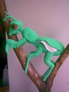 Mantis - Design from my daughter (12 years) - Nurdug Crochet - Веб-альбомы Picasa