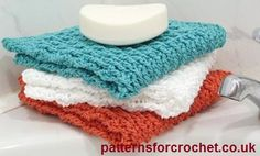 Free crochet pattern for cotton facecloth from http://www.patternsforcrochet.co.uk/cotton-face-cloth-usa.html #patternsforcrochet #freecrochetpatterns