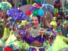 Nancy Goes to Rio movie scenes Carmen Miranda in Nancy Goes to Rio Carmen Goldsmith View Nancy Carmen Miranda, Old Hollywood Glamour, Golden Age Of Hollywood, Movie Costumes, Halloween Costumes, Rio Movie, Brazilian Samba, Helen Rose, Hollywood Costume