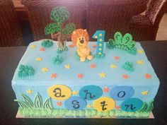 Raa raa the noisy lion toppers on customer cake! 2nd Birthday Parties, Birthday Cake, Teacher Cakes, Sheet Cakes, Amazing Cakes, Cake Toppers, Fondant, Lion, Birthdays