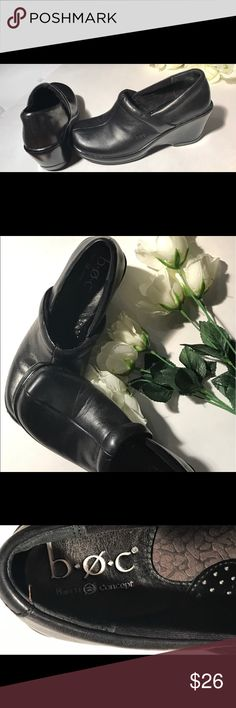 Boc./Born of concept Sz 7, blk leather clog style EUC., beautiful Shape. Boc/ Born of Concept , Sz 7 slip on clog style. Leather in perfect shape, inside shoes as well as bottoms show they were worn barely twice. Very comfortable for work or casual all day.! Make me an offer. Born Shoes Mules & Clogs
