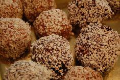 Delicatobollar Krispie Treats, Rice Krispies, Cookies, Desserts, Food, Crack Crackers, Tailgate Desserts, Deserts, Biscuits