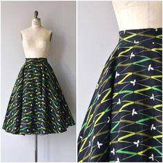 NEW! 1950s Ribbon Grass skirt • small