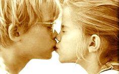Revista El Cañero: Día Mundial del Beso