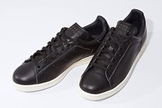 "Barneys New York x Adidas Stan Smith ""Black"""